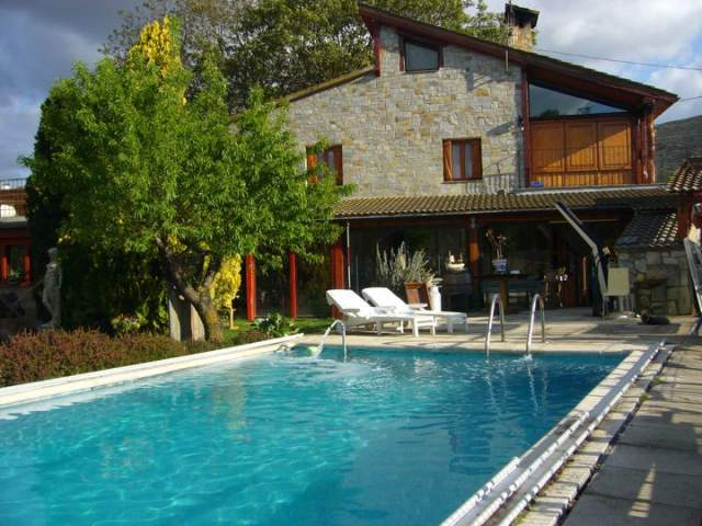Casas rurales en la rioja bookinghouses for Camping en la rioja con piscina