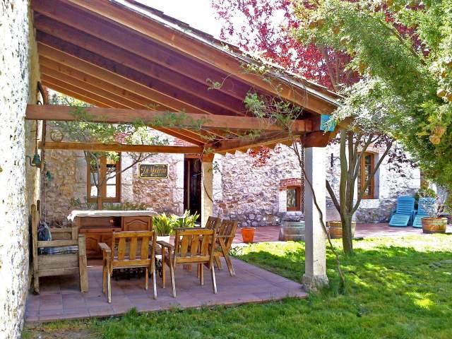 Casa rural la moderna en la parrilla valladolid - Casas rurales grandes ...