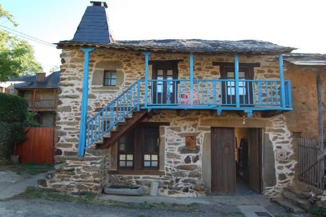 Casas rurales en robleda cervantes zamora bookinghouses - Casas rurales sanabria ...