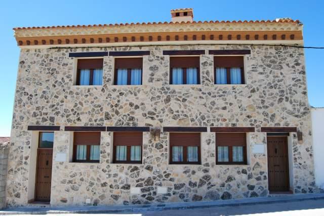 Casas rurales mirador al castillo en paracuellos cuenca - Casa rural el castillo ...