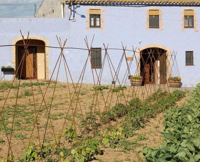 Casas rurales en tarragona bookinghouses - Casa rural les orenetes ...